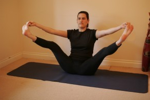 Image Source: http://www.betterhealthliving.org/wp-content/uploads/2013/12/boat-pose-yoga.jpg